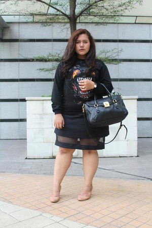 black romwe sweater - black Charles & Keith bag - black Benash skirt
