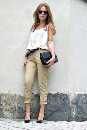 black DinSko shoes - beige H&M pants - black Chanel bag