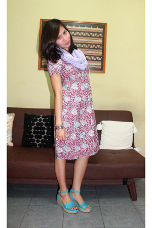 Batk Dress dress - Cotton Ink scarf - Crocs wedges - unbranded bracelet