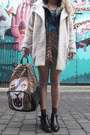 Beige-wool-coat-topshop-coat-black-cut-out-vintage-boots