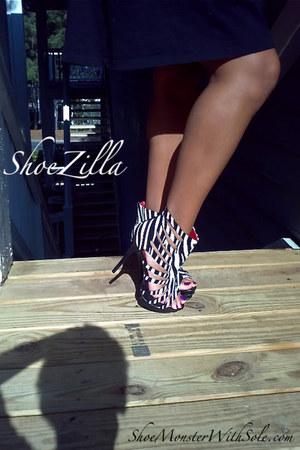 unknown heels