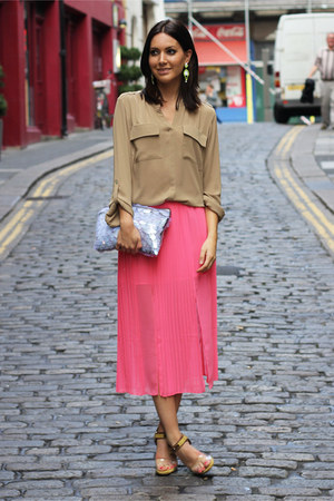 hot pink pleated Topshop skirt - periwinkle Zara bag - camel M&S blouse