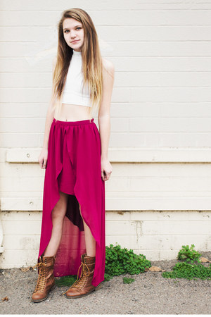 high-low skirt - white top