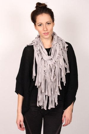 heather gray ShopGoldie scarf
