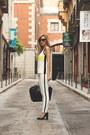 Zara-jeans-zara-bag-dior-sunglasses-zara-top