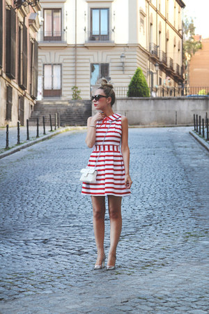 Blancaspina dress - Carpena purse - dior sunglasses - Pilar Burgos heels