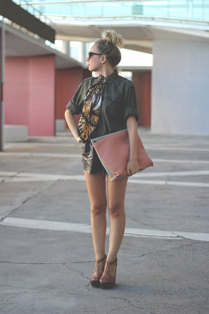 eBayes bag - H&amp;M shirt - eBayes scarf - Mentirosas shorts - Sixtyseven sandals