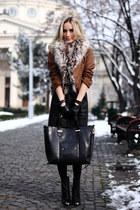 bronze vivienne westwood coat - black Zara boots