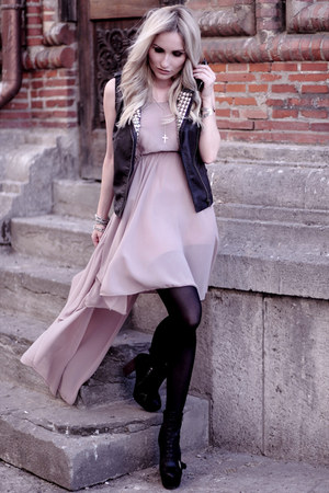 pink AX Paris dress - black Pimkie vest