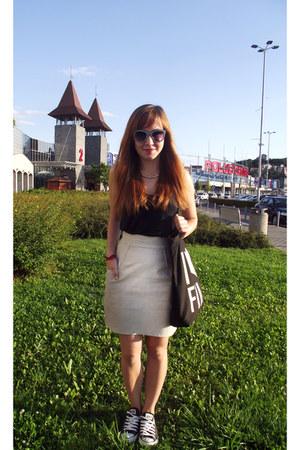 off white leather unknown skirt - white Zara sunglasses