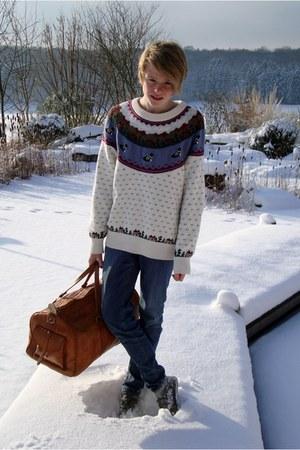 wool second hand jumper - jeans H&M jeans - leather vintage bag