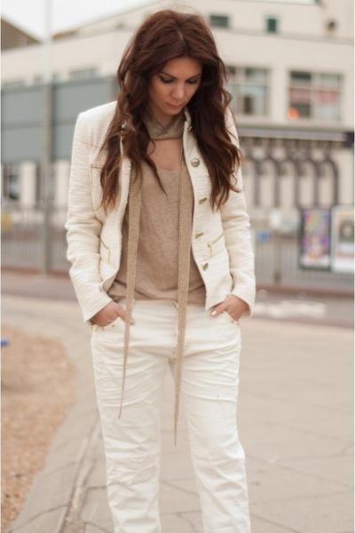 off white boyfriend Zara jeans - ivory blazer Zara jacket