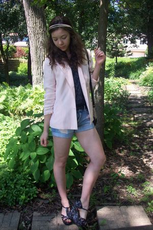 moms blazer - f21 top - f21 shorts - Wetseal shoes - headband claires