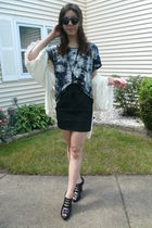 f21 t-shirt - handed down from aunt sweater - f21 skirt - UrbanOG shoes