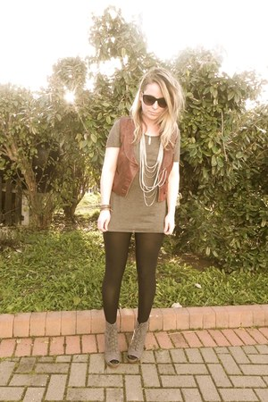 vintage jacket - Primark clogs - Primark necklace