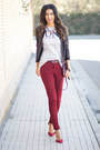 Brick-red-zara-jeans-black-stradivarius-jacket