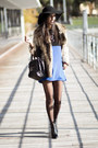 Blue-persunmall-dress-black-persunmall-bag