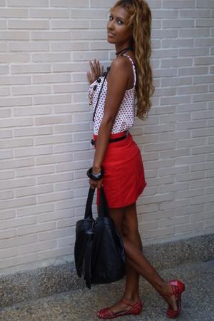 red BLANCO skirt - red Martoni shoes - white Bershka shirt