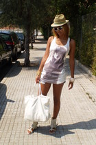 BLANCO accessories - Bershka glasses - Bershka shirt - Bershka shorts - BLANCO p