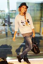 silver BLANCO shirt - blue H&M jeans