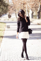 ivory old skirt - dark gray pull&bear sweatshirt