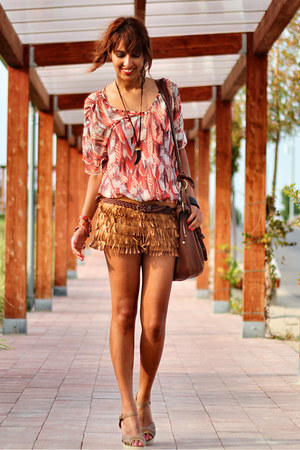 tawny fringed Zara shorts - carrot orange Bershka blouse