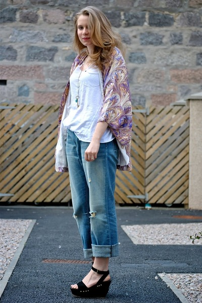 purple Winter Kate jacket - blue CurrentElliot jeans - white H&M t-shirt - black