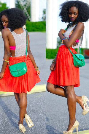 nude pumps BCBG shoes - green purse Mango purse - H&M skirt - grey tank BCBG top
