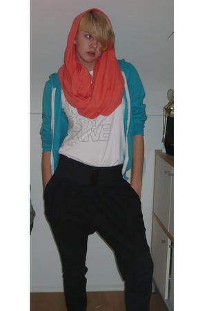 American Apparel scarf - American Apparel shirt - American Apparel belt - H&M pa