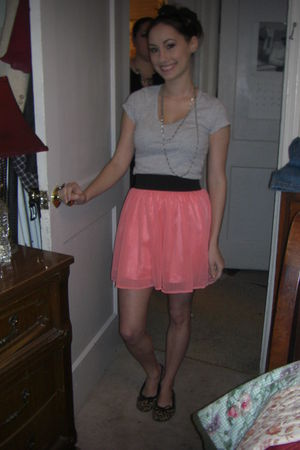 gray Forever 21 t-shirt - pink Target skirt - Target shoes - black Forever 21 ac