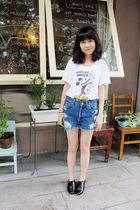 white Uniqlo top - UO vintage shorts shorts - black Steve Madden shoes