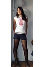Steve-madden-boots-hearts-leggings-black-black-moschino-shorts