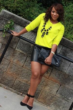 black thrifted skirt - yellow f21 top - black Zara heels