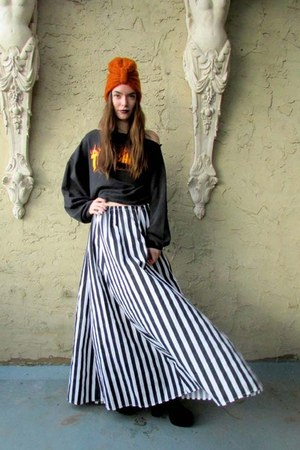striped some velvet vintage skirt