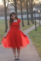 red tulle Edressy dress