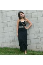 black dress - black belt - gold accessories
