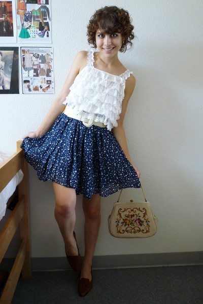 vintage top - vintage belt - Zara skirt - vintage shoes - vintage bag