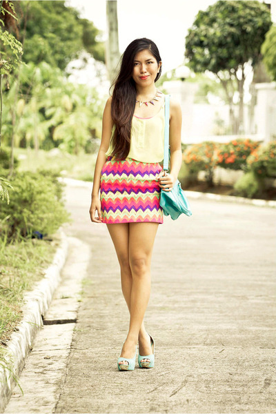Parisian bag - Parisian heels - lets stylize skirt