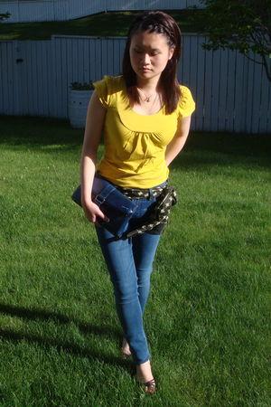 blue Matt n Nat purse - blue Forever 21 jeans - gold RW & Co top - black le chat