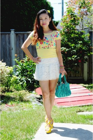 white lace Zara skirt - yellow cropped floral st denis sweater