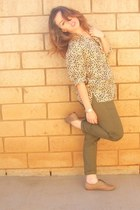beige vintage blouse - olive green vintage pants - heather gray Steve Madden fla