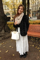faux fur H&M coat - GINA TRICOT scarf - longchamp bag - white H&M skirt