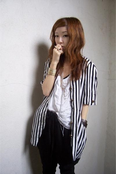 vintage dress - Zara top - Zara pants - Bijules accessories