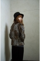 vintage jacket - Urban Outfitters t-shirt - forever 21 skirt - forever 21 hat
