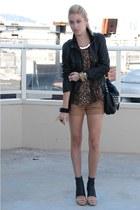 black leather allsaints heels - black leather Gap jacket