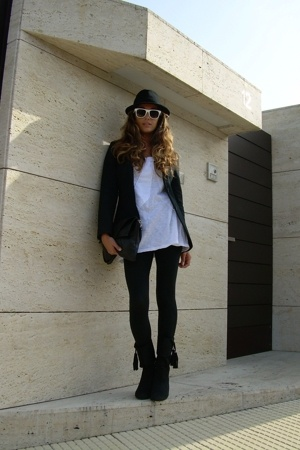 Anon sunglasses - Zara blazer - Zara t-shirt - Zara boots - H&amp;M panties - Mango 