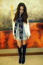 Primark scarf - Giuseppe Zanotti boots - Zara jacket - Primark purse