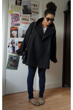 black oversized La Redoute coat - navy skinny George jeans - black Zara bag