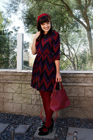 brick red Target tights - deep purple chevron print London times dress