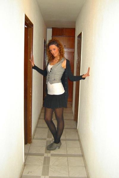 pull&bear skirt - BLANCO vest - Str